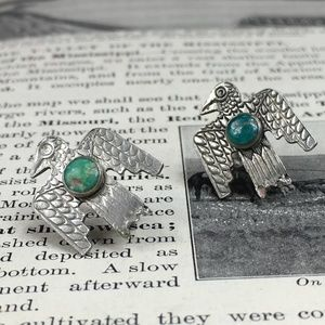 VIntage Turquoise Thunderbird Screw Back Earrings